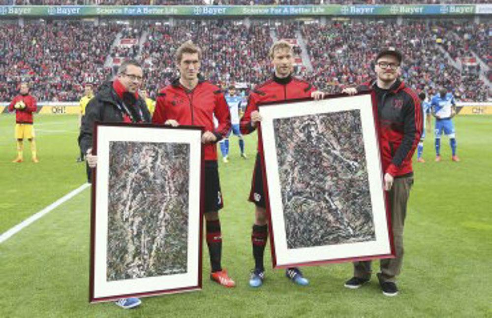 Stefan Reinartz & Simon Rolfes of Bayer Leverkusen , bundesliga , leverkusen , simon rolfes , abschied